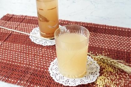 Готово! Старинный напиток готов к употреблению.