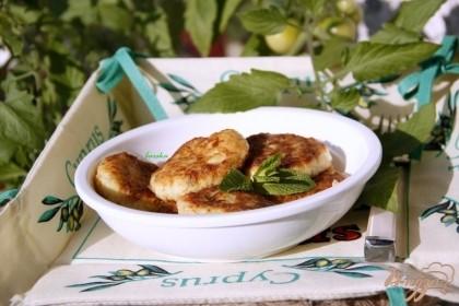 Готово! Вкусны в холодном и тёплом виде. Подавать со сметаной с мелко порезанной свежей мятой.Приятного аппетита!