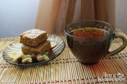 И подаем медовое печенье к чаю! Приятного аппетита!