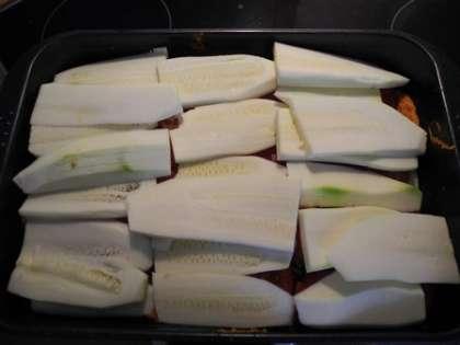Выложить слой кабачков