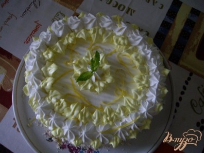 Оформление белковых тортов - фотографии