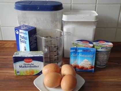 Для приготовления заварных пирожных нам понадобится: