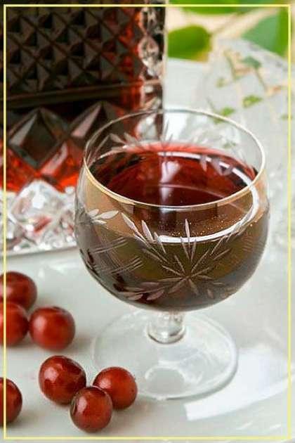 Настойка из вишни на сахаре в домашних условиях простой рецепт