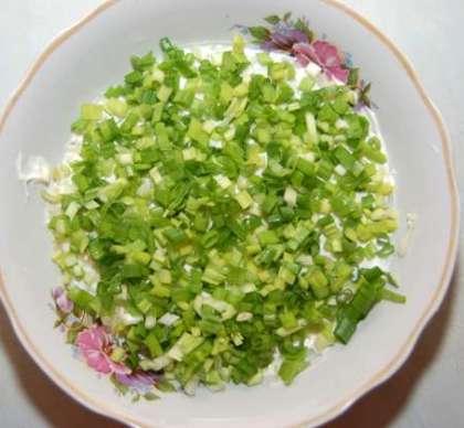 Салат подсолнух с печенью трески и огурцом рецепт с