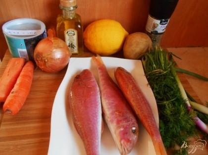 Я часто готовлю рыбный суп из консервов, поскольку не люблю чистить рыбу. Но сегодня сосед принес свой улов нам и делать нечего, буду готовить суп со всеми вытекающими отсюда трудоемкими процессами.
