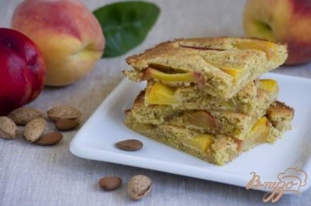 Пирог с нектарином и персиком